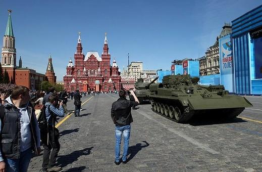 На майские праздники в Москву